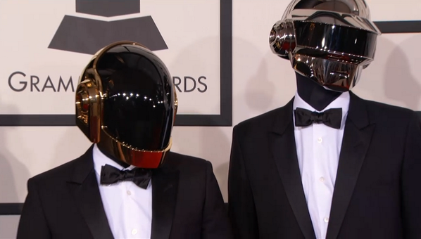 Robots on the red carpet. #grammys #DaftPunk http://t.co/BAc7Imad1F
