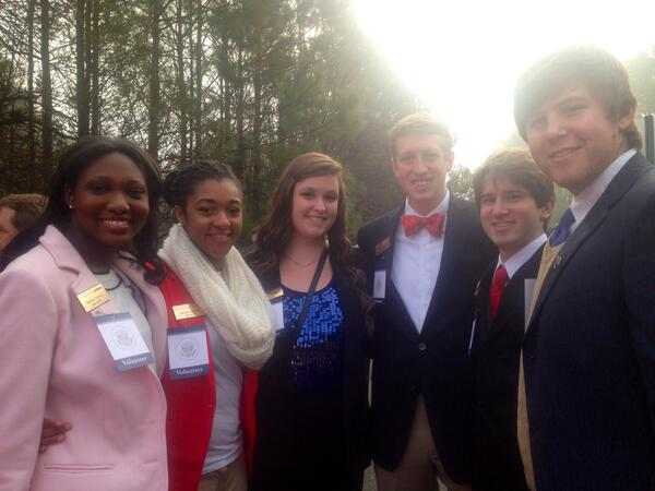 Park Scholars serving as event-day volunteers are gearing up for President Obama's visit to #NCState today! http://t.co/GDRCtLUQ6S