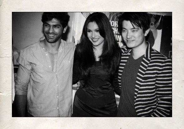 With two of my favourite people @MeiyangChang @taahashah at the premier of Jatishwar. http://t.co/jQHxqDimNg