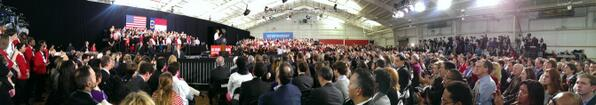 Cool pic #NCStatePower visit with President Obama, #GoPack http://t.co/DIH1u2WUDc