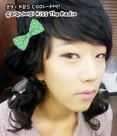 """@kkamanfriend: 여장도 이쁘오!!! ㅋㅋㅋ 슈키라 벌칙 여장!! 톡식 김정우군!!^^ http://t.co/XhaPBVCxPO"" why so serious~ >__<!"