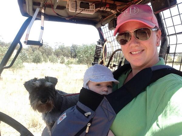 Alrighty. Here's my #felfie. Mustering, with my 5-month-old son, Jack, and dog, Baxter. #agchatoz http://t.co/9DR3FqKpvs