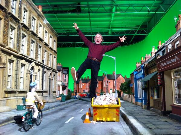 Raaaaaaaagh!  This sort of thing never loses its appeal. On the set. http://t.co/1xlsEcdm7Q