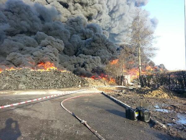 Photo from the scene of the fire in Sherburn in Elmet #tyrefire http://t.co/izjRlEDE0x
