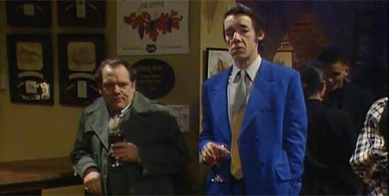 Still one of the funniest scenes ever shown on tv. #RIPTrigger #Dave #OnlyFoolsAndHorses http://t.co/WnlpuhGAZn