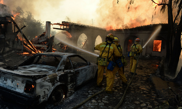 PHOTOS – Get a closer look at the #ColbyFire in our gallery: http://t.co/WJfN4dAFKw [Photo by @WillLesterPhoto/Staff] http://t.co/uVuaUG2Pcv