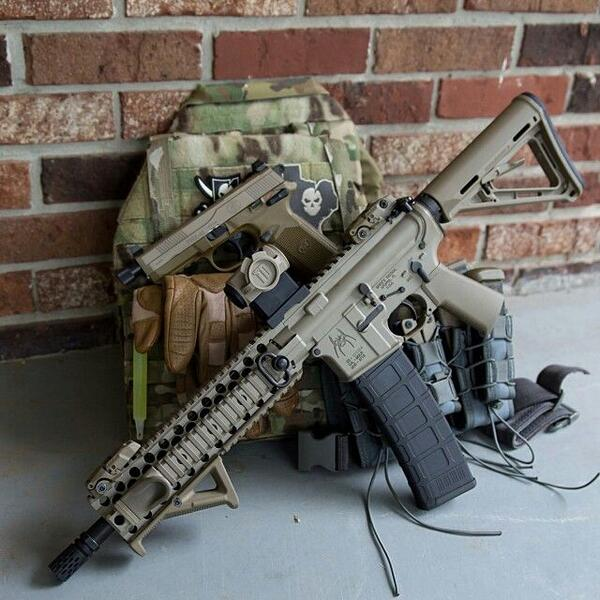 Camogirl On Twitter This Girl Build This Spikes Tactical M4 Mini