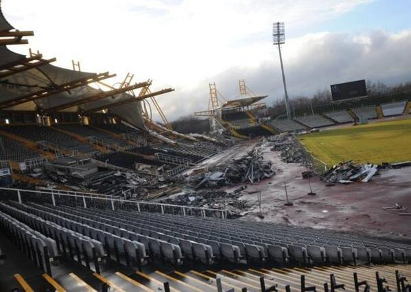 Olympic legacy... RT @VincoSport Current state of Don Valley Stadium http://t.co/tnIpVyhqVC