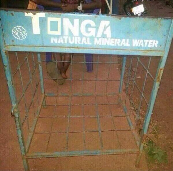 """""""@mzynat: Ew""""@shadyfrimpy: Tonga Mineral Water? SQUIRT for sale or nah? http://t.co/RGz76Gkoty"""""""" lol. I would totally drink that...."""