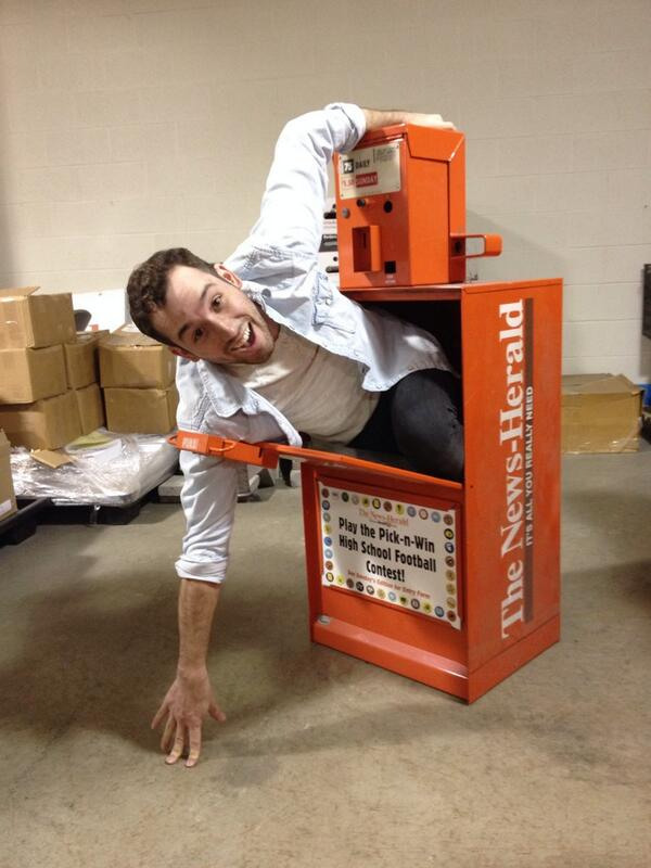 Here's @DevonTurchan #Riccing with a @newsheraldinoh box http://t.co/GY4rzcMcPC
