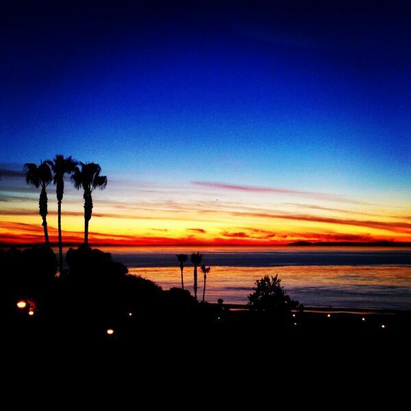 Tonight's sunset was exceptionally gorgeous! cc @adventuregirl http://t.co/85ipKj6Cyp