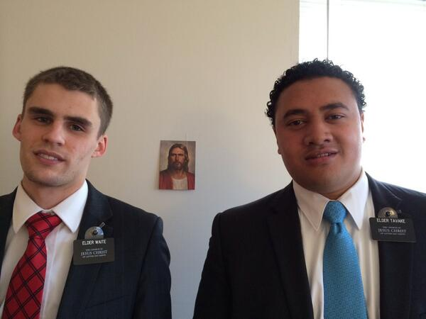 Standard pic of Elders Waite and Tavake, serving the Hebron and Burlington KY areas #socialmediasplit #mormon #lds http://t.co/fq0Mf3f8hV