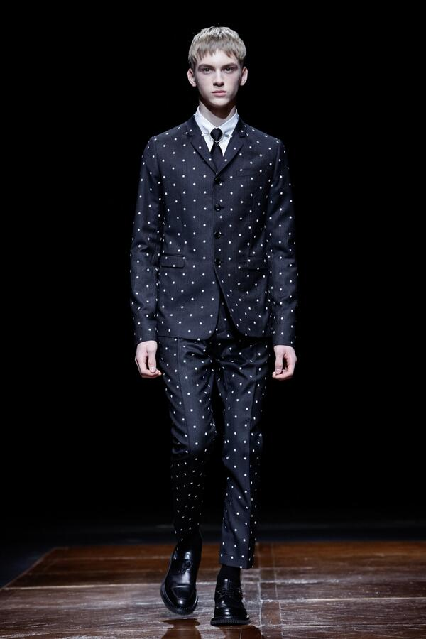 """"""" Dior  Discover the looks of the new Dior Homme AW14 collection  pic.twitter.com oDy97O2X5V"""" really cute model ... 62aed5d6b1b3"""