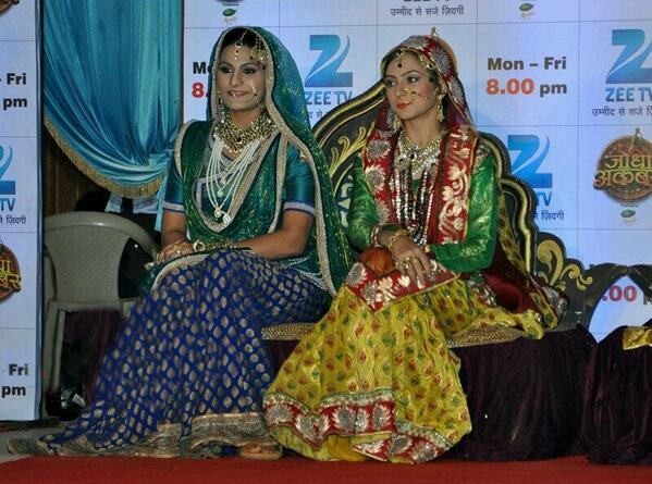 #Jodha Akbar Game launch press conference-more pic added on pg 2 &3. BeU2PqmCAAAlOtY