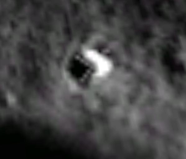 Ufo sulla Luna: base aliena nelle immagini di Moon di Google Earth? Ancora nessuna spiegazione dalla NASA