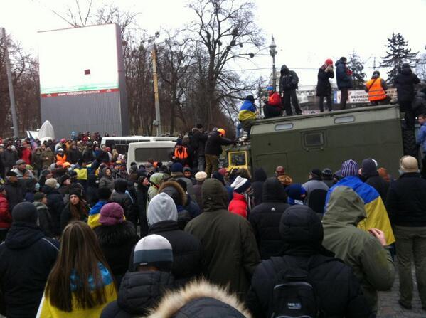 """Автомайдан объявил о начале блокады Верховной Рады: """"Будем стоять до последнего - сейчас последний шанс"""" - Цензор.НЕТ 263"""