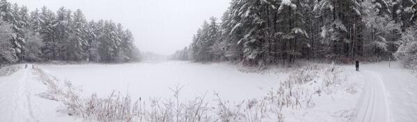 Panoramic view: Adams Pond @LondonderryNH #NHviews @VisitNH http://t.co/YM34zvLSXV