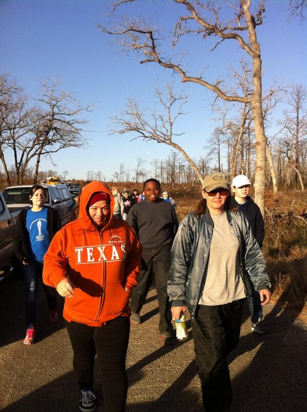Here comes the Texas crew! It's time to plant the trees! http://t.co/5SFp6YPbSq