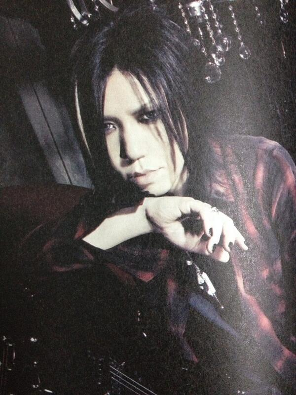 AWESOME 35th man! #HappyBDayAOI http://t.co/sKDM7zId3f
