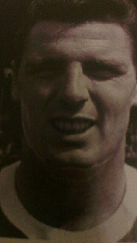 Happy Blue Birthday to a very underrated Everton striker FRED PICKERING 70goals in 115apps 73today. <br>http://pic.twitter.com/QBc7D4fTXs