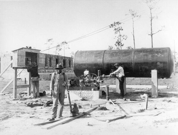 Building Bob Jones College, 1927. #MLKDay2014 http://t.co/AObjAAcAMG
