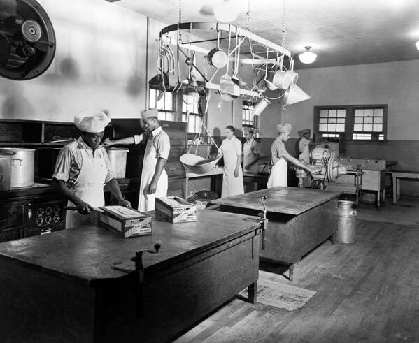 Kitchen staff for Bob Jones College, Florida #MLKDay2014 http://t.co/mGju8Jfcfj
