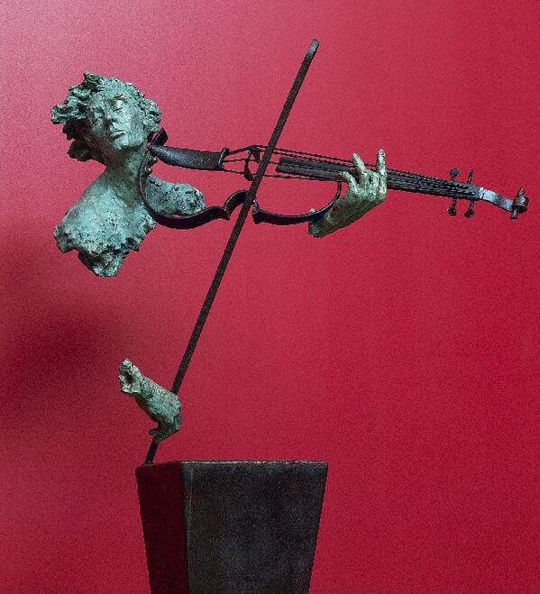 "#art #followart #sculpture  ""@BluesignV: Violin Player by Dam de Nogales http://t.co/OzgNNQDhO3 """