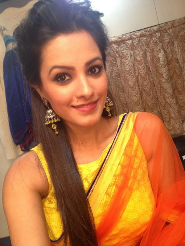 Anita Hassanandani On Twitter Quot New Hair Do Shagun Experimenting Updos Hope U All Like