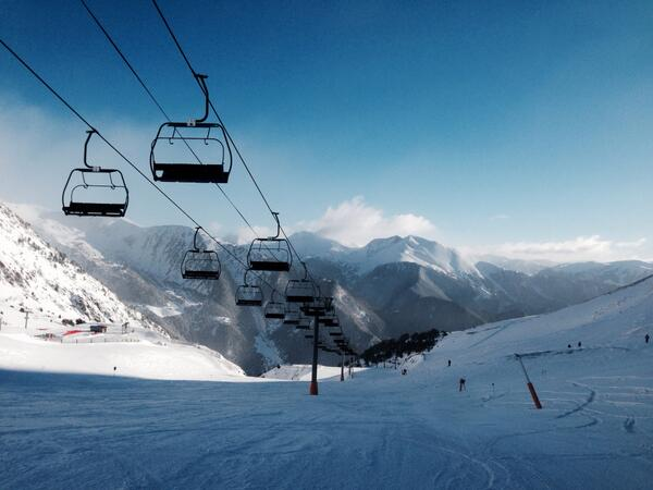 Here's another photo from the #ski slopes of #arinsal, Andorra http://t.co/M5wRrWPj7W