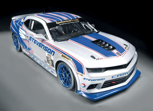 The @Chevrolet Camaro Z/28 returns to its racing roots this weekend at Daytona: http://t.co/XaZWL0fVlY http://t.co/vp8A3BJW5J