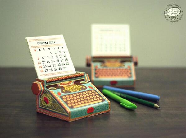 Dainty Printable #3D Paper Calendar for Your Desk http://t.co/3LaG6YJ0n1  - #inspiration http://t.co/1wcMs0Oujw
