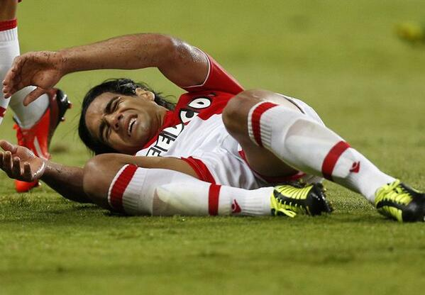 Falcao may miss the World Cup after a nasty knee injury in Monacos cup clash at Monts [Video & Pictures]