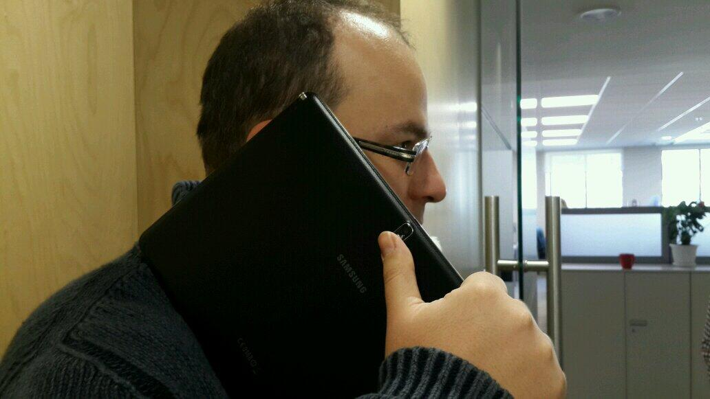 Twitter / eldarmurtazin: Note 4. First picture ever ...