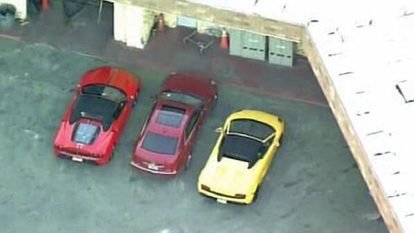 #JustinBieber busted in S. Fla. allegedly for DUI & drag-racing in yellow lambo, red Ferrari http://t.co/uo7Tw5HZPi http://t.co/EvLV1bNpuv