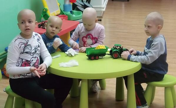15. febr.Dan Dece sa Rakom. Deca u Srbiji zaslužuju najbolje lečenje i veće šanse za izlečenje #equityaction http://t.co/hni3R4m0tR
