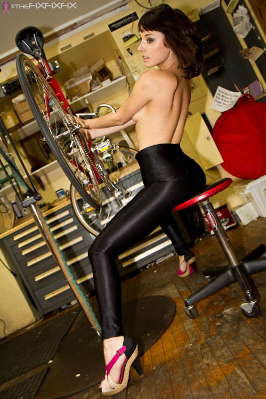 Your Daily Fixation... No biggie just tuning up the ole Paramount http://t.co/eqYNirejCD