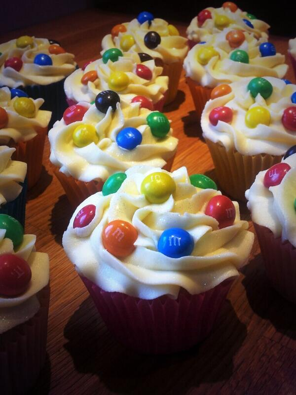 M&Ms with white chocolate buttercream #yummy