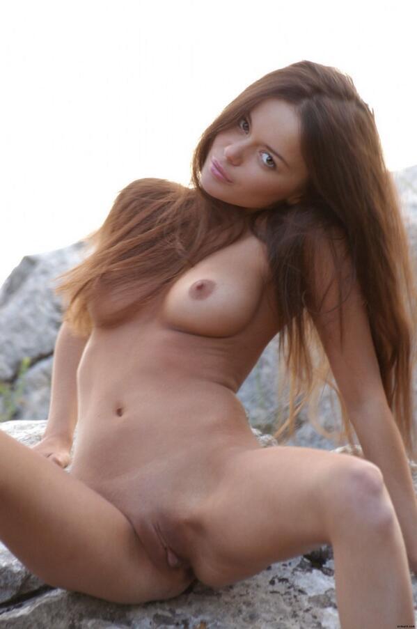 laura b nude porn