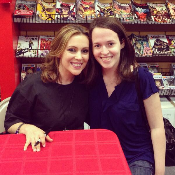 I was beyond thrilled to meet @alyssa_milano @jacksonlanzing @cpkelly @cparadize & can't wait to read #HACKTIVIST http://t.co/y1Qwfiy8wd
