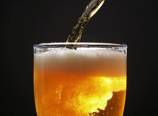 ¿Qué tal mucha cerveza para esta noche? ¡Beer Night! http://t.co/9RR8aug2Df