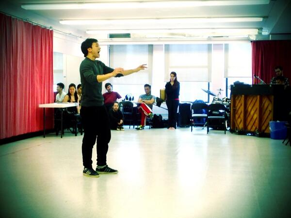 Bie singing and acting his FACE off today! #BehindThePainting http://t.co/fauzZFi3rF