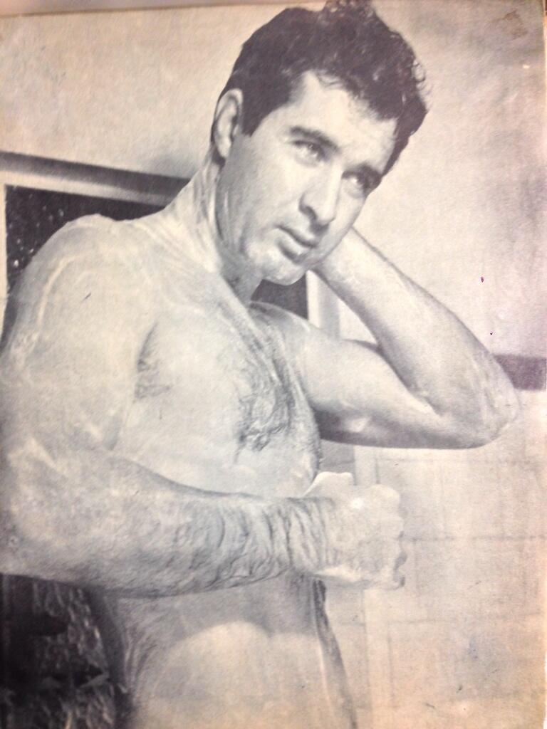 Maestro gudinni on twitter pionero de las desnudos - Fotografia desnudo masculino ...