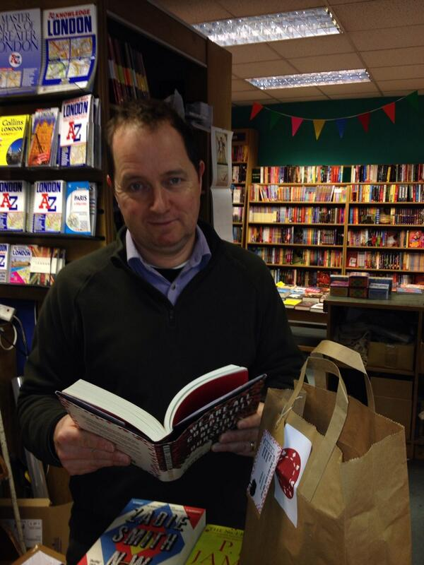 The lovely man at @OwlBookshop said 'ah you're the cake lady from @serpentstail ' #waacbo http://t.co/M1WWeMb05L