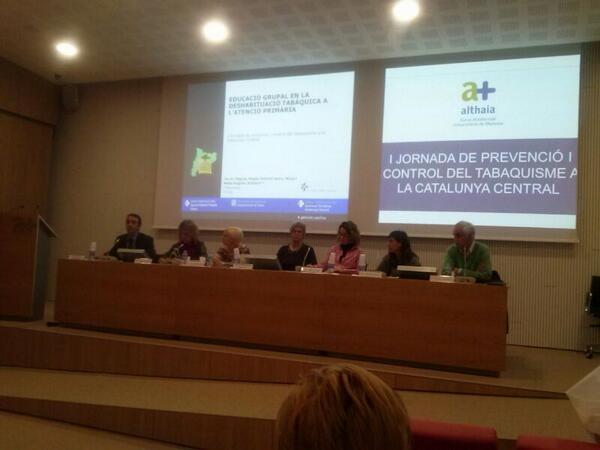 S'inicia la 2ona taula rodona amb molta participació d' #aprimaria @icscatcentral http://t.co/DwdQ6l616c
