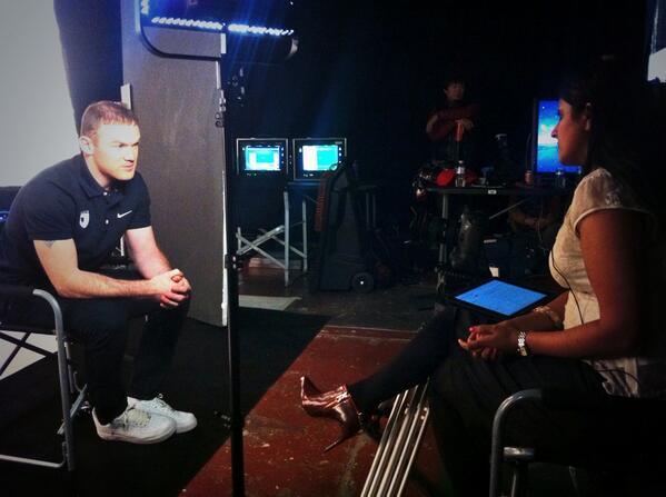 Wayne Rooney talks to me about Mata, Moyes & Man Utd tomorrow on BBC1 Football Focus & @BBCWorld 21.30G #mufc http://t.co/mseHlUtZx7