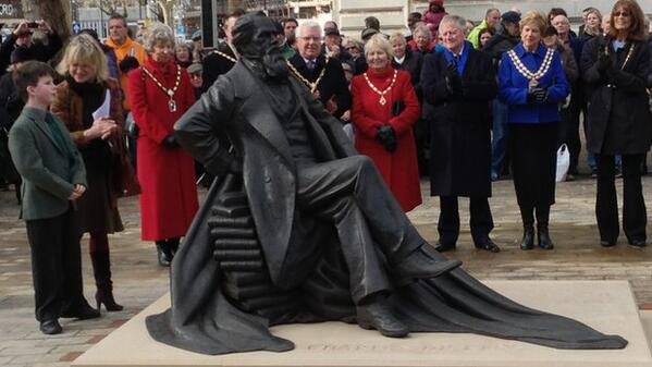 MT @BBCEngland: UK's first statue of Charles Dickens is unveiled in #Portsmouth http://t.co/KOIrAX7n7m http://t.co/RBqvbfPQvO
