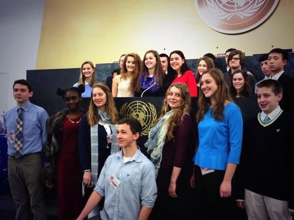 Love all the students who came out to learn about the @UN today for #UNAMembersDay http://t.co/e2WzAxy19w