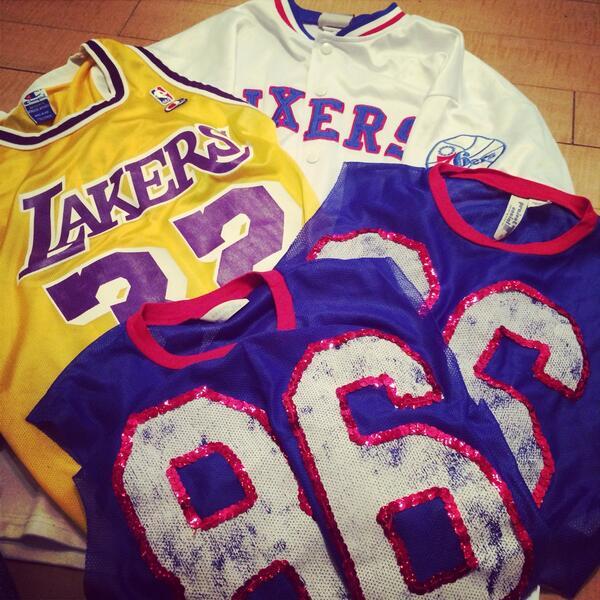 解体始めます( そんな週末\u2026w 衣装制作 リメイク NBA ユニフォーム ファッション LAKERS 76ers バスケ好き デザイン http//t.co/kuT42umC5X\u0026quot;