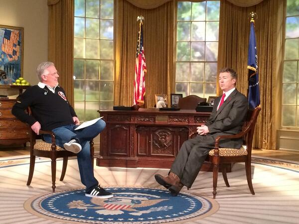 @SenRandPaul with @glennbeck in the Oval Office, well the Dallas Oval Office http://t.co/eFh3Z9Dfj0