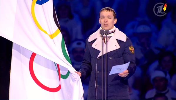 Олимпиец Руслан Захаров читает олимпийскую клятву, что не будет принимать допинг (серьезно) http://t.co/a5E61Dm2uK